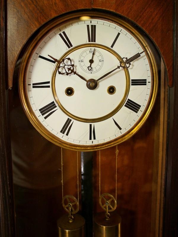 Часы венский регулятор