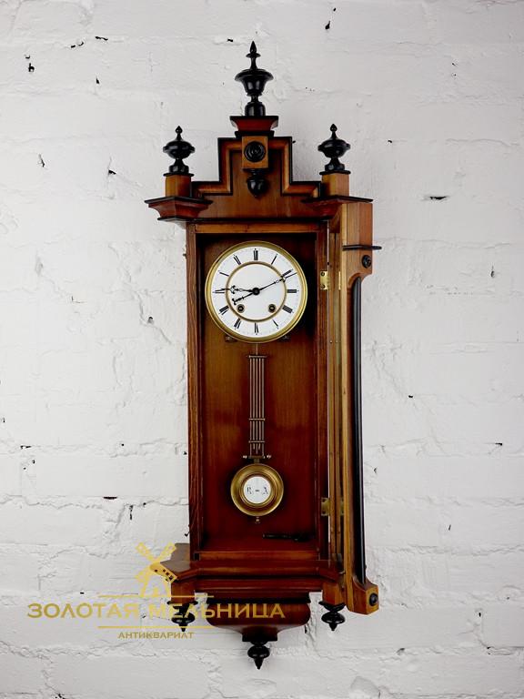 Маятником старинные настенные часы продам с в москвы часовые ломбарды дни работающие праздничные