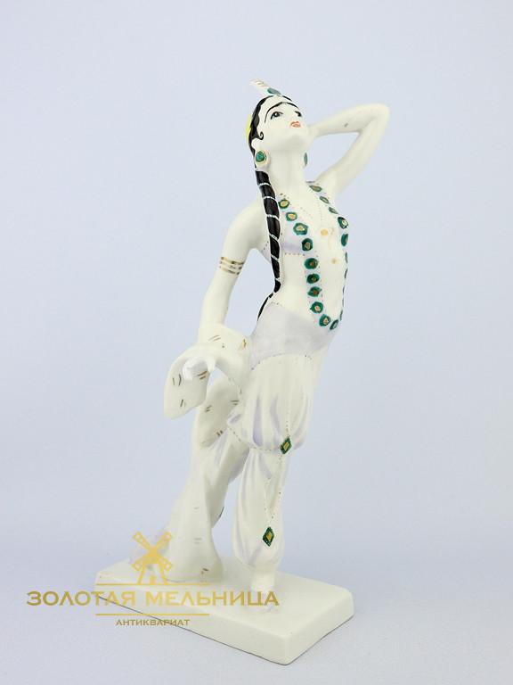 статуэтка бахчисарайский фонтан купить зависимости времени года